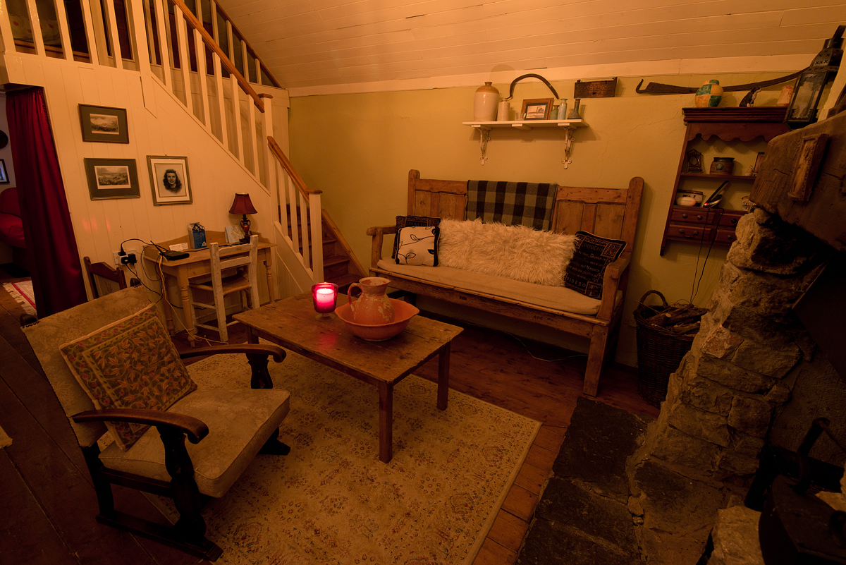 Cottage Mary Rose by candlelight…